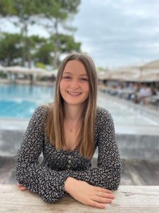 Laura esthéticienne diplômée institut beauté Mer Morte Bordeaux